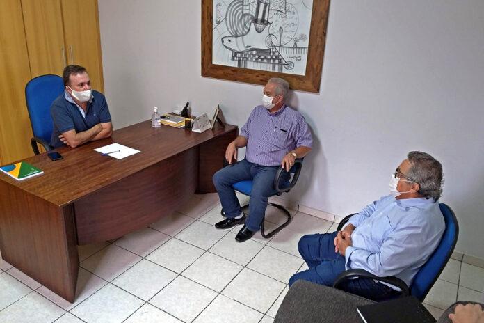 Vander recebe presidente da Santa Casa de Campo Grande e reafirma apoio ao hospital