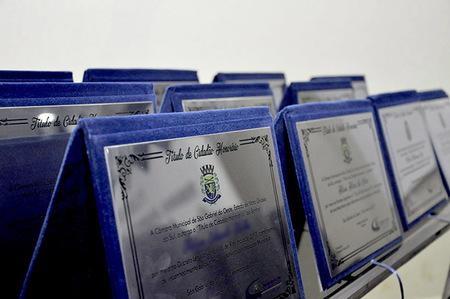 """Poder Legislativo de São Gabriel do Oeste relembra """"Cidadãos Honorários"""""""