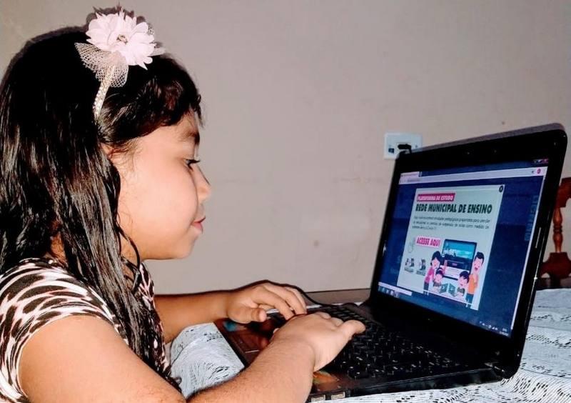 BATAGUASSU-MS| Alunos da Rede Municipal de Ensino voltam às aulas com apoio de plataforma de ensino à distância