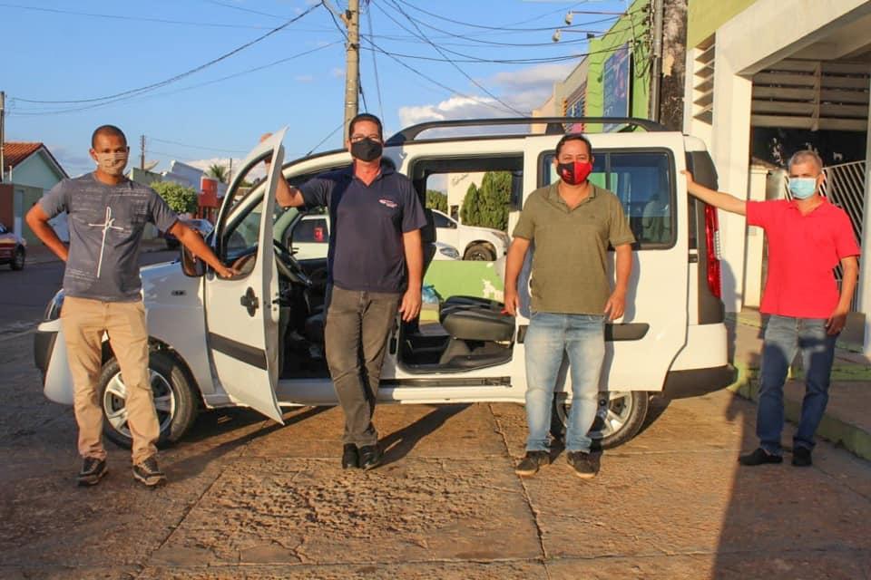 SONORA-MS  Com recurso próprio e indicação de vereadores prefeitura sonorense entrega mais um veículo zero Km