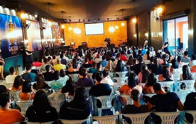 ANTONIO VAZ  Apresenta projeto para isentar aluguel de igrejas durante pandemia